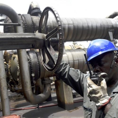 La Nigeria riconsidera i suoi contratti petroliferi