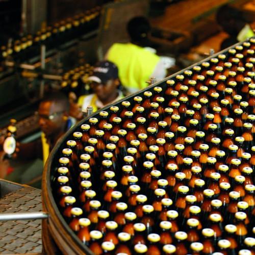Cresce il consumo di alcol in Africa, nonostante le difficioltà