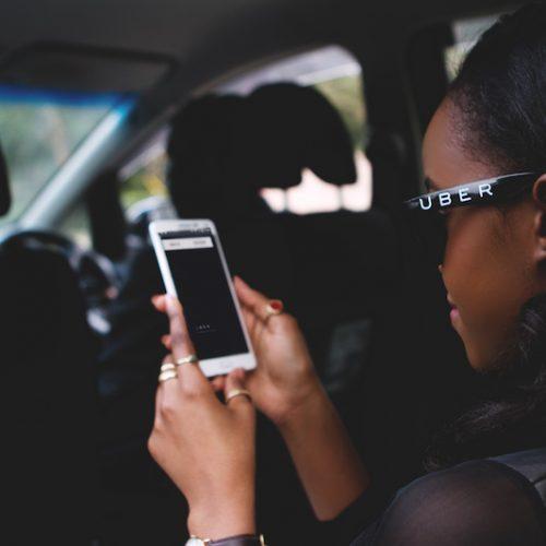 Uber cresce in Africa grazie alla domanda di mezzi di trasporto alternativi