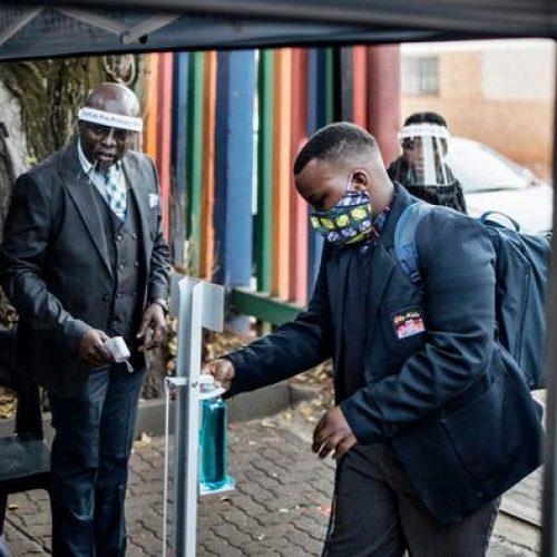 Sud Africa, il lockdown non e' più sostenibile