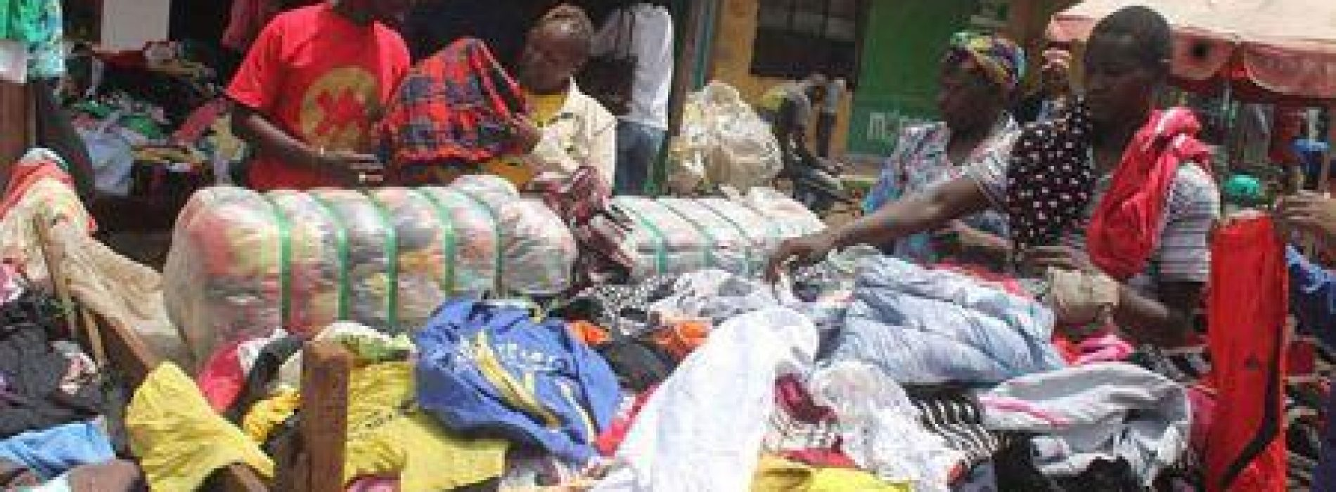 Kenia, verso il blocco definitivo dell'import di abiti usati