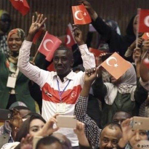 La Turchia cerca di rafforzare le relazioni con l'Africa