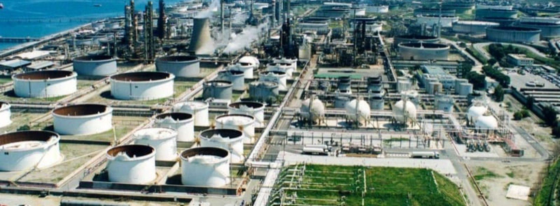 L'Angola invita a presentare offerte per finanziare una raffineria di petrolio da 200.000 b/gg